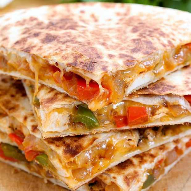 chicken-fajita-quesadilla-square
